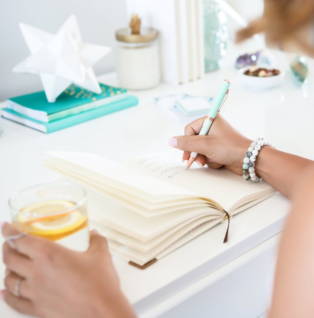 3 Big Benefits Of Writing In A Journal After Discovering Infidelity
