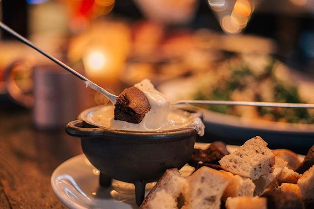 In celebration of #Fondue week, order two #schnitzel entrees or two #sausage entrees and our famous Original Fondue is on us! Don't miss out on this limited time offer! Call us for more details  #Tigard (503) 639-4544 | #Clackamas (503) 653-1391 | #Vancouver (360) 883-0222