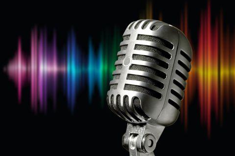 microphone-1074362_1920.jpg