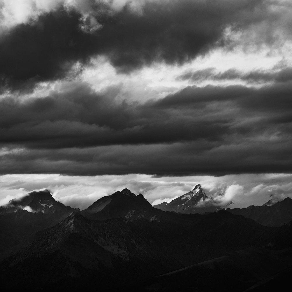 Peaks & Clouds
