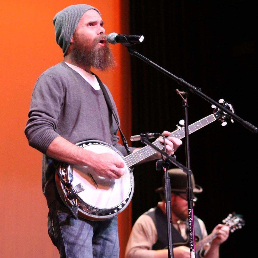 jjw banjo.jpg
