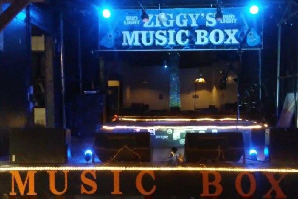 Ziggy's.jpg