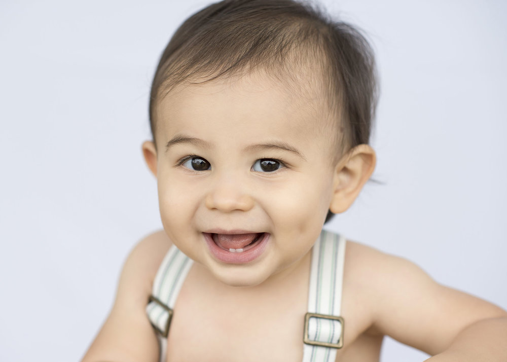 First-Birthday-Boy-Portraits-Boy-Bellaire.jpg