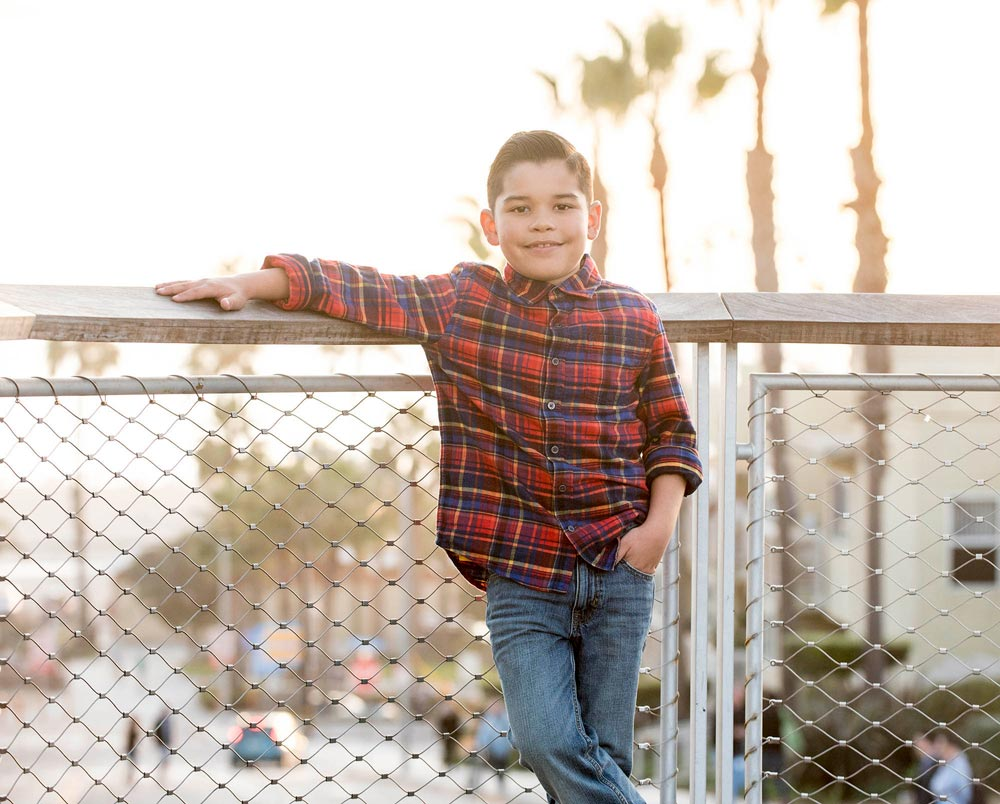 Childrens-Photos-Boy-Poses-Santa-Monica.jpg