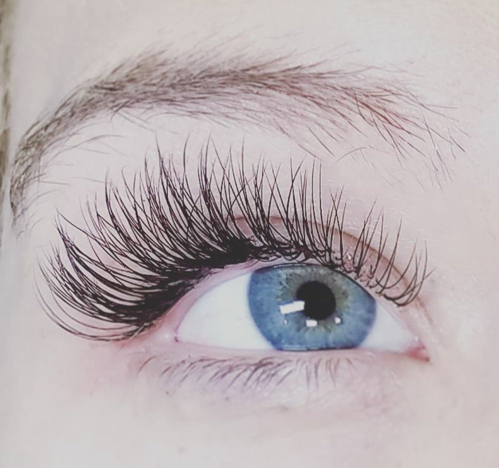 Luxe Full Set- $275 - A lash set not for the faint of heart! This is recommended for those who prefer more of a strip lash appearance, adding 2-4 lash extensions to each and every individual natural lash for a VERY full and dramatic look. (Service time; about 2.5 to 3 hrs.)75 min fill- Recommended at 2-3 weeks $95
