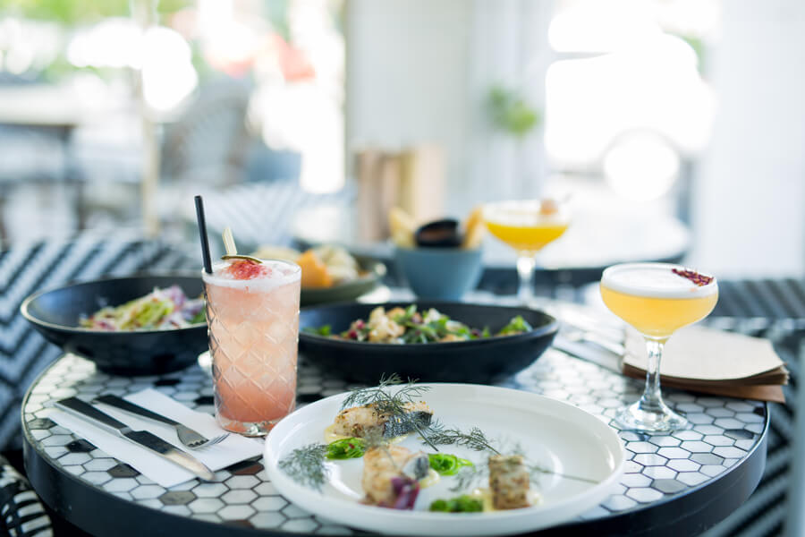 Henrys restaurant cronulla serving sharing plates and cktails