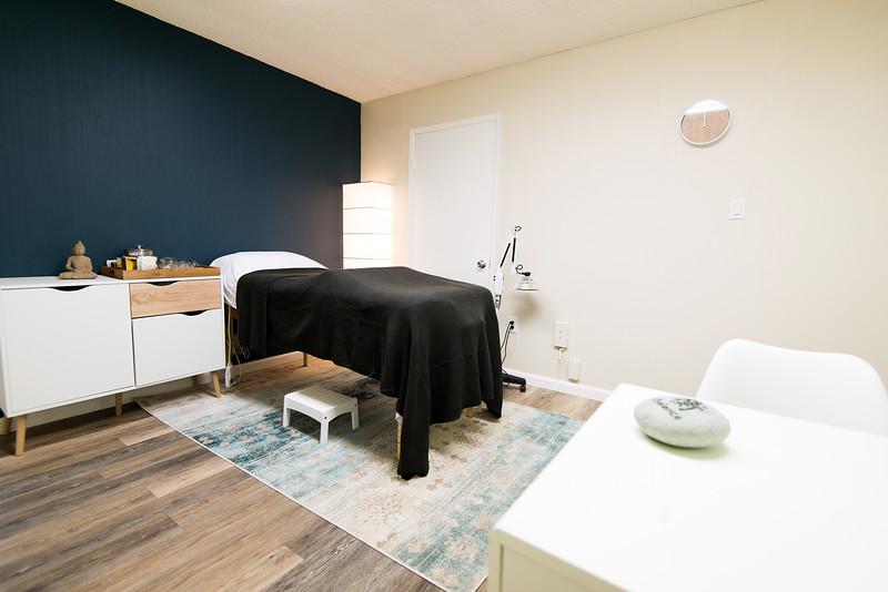 Breathe Treatment Room.jpg