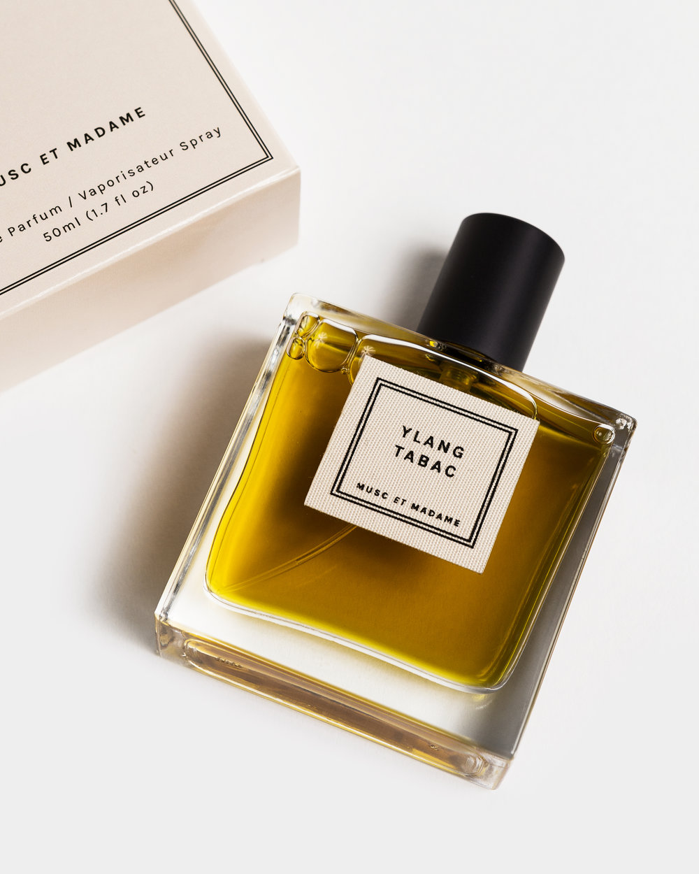 MUSC ET MADAME Warm and intimate, Musc et Madame is a niche fragrance line with a voluptuous mystique. Their hypnotic parfums pair floral absolutes with animalistic musks, resulting in tousled, dirty florals that balance demure and dominant sensuality.