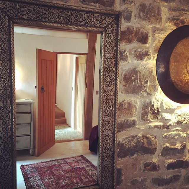 door always open @redkitebarnwales @chillderness_dreambuilder @chilldernessretreats #luxury #moroccan #berber #celtic #profiter #all #seasons @hip_hotels #polishedplaster #stone