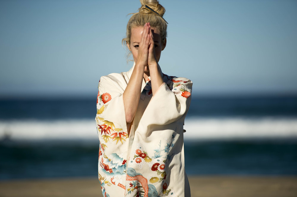 Annette_Kimono_3.jpg