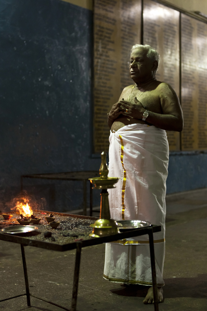 Evening prayers /  Colombo, Sri Lanka /