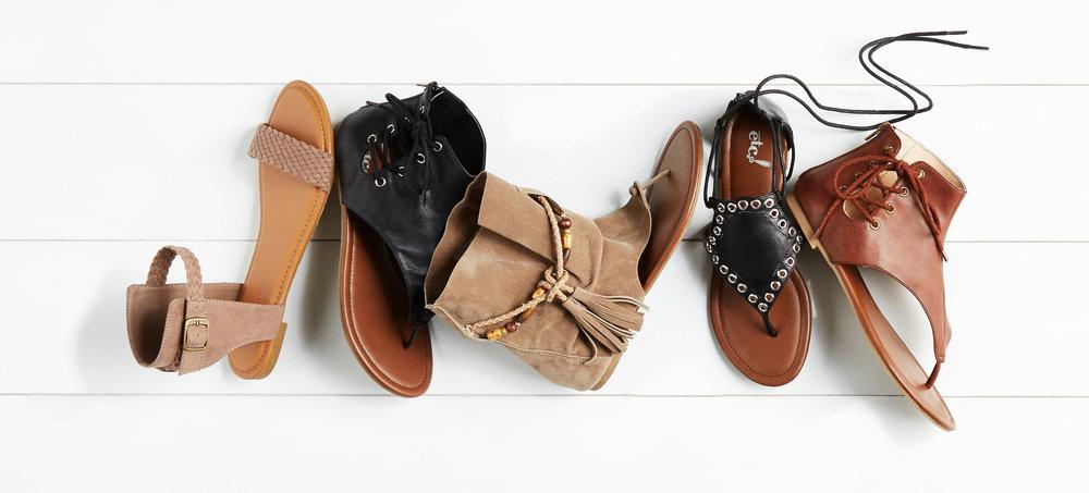 03SM17BSL_hooded-sandals_1_uncropped.jpg