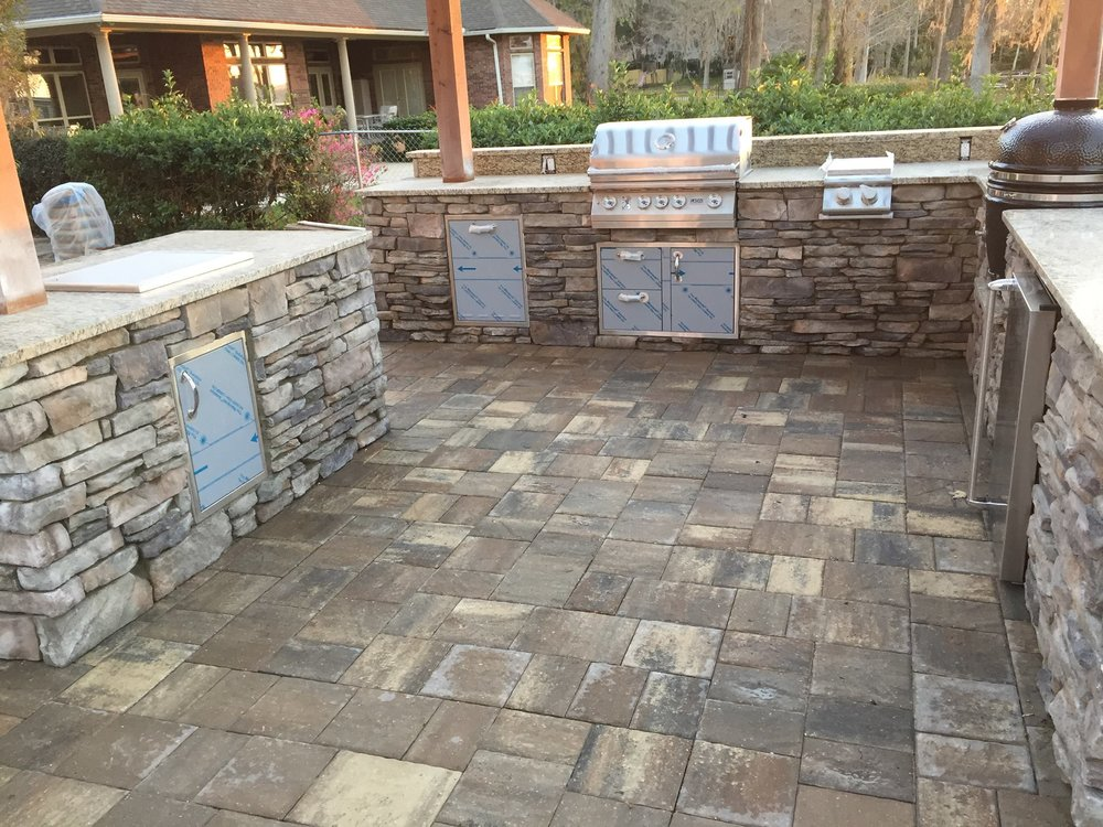 Stonecore Outdoor Kitchens 2.jpg
