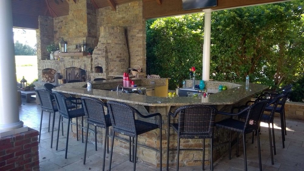 Outdoor Living 1.jpg