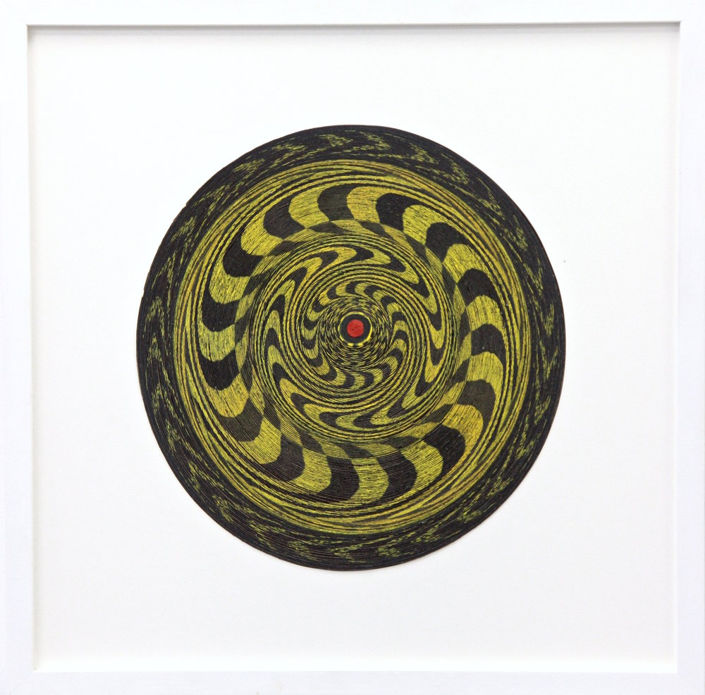 Stephen Dean   Target (black and yellow)   2015  Uncoiled paper dartboard  31 cm diameter  12 1/5 in diameter  © courtesy of the artist & galerie l'inlassable