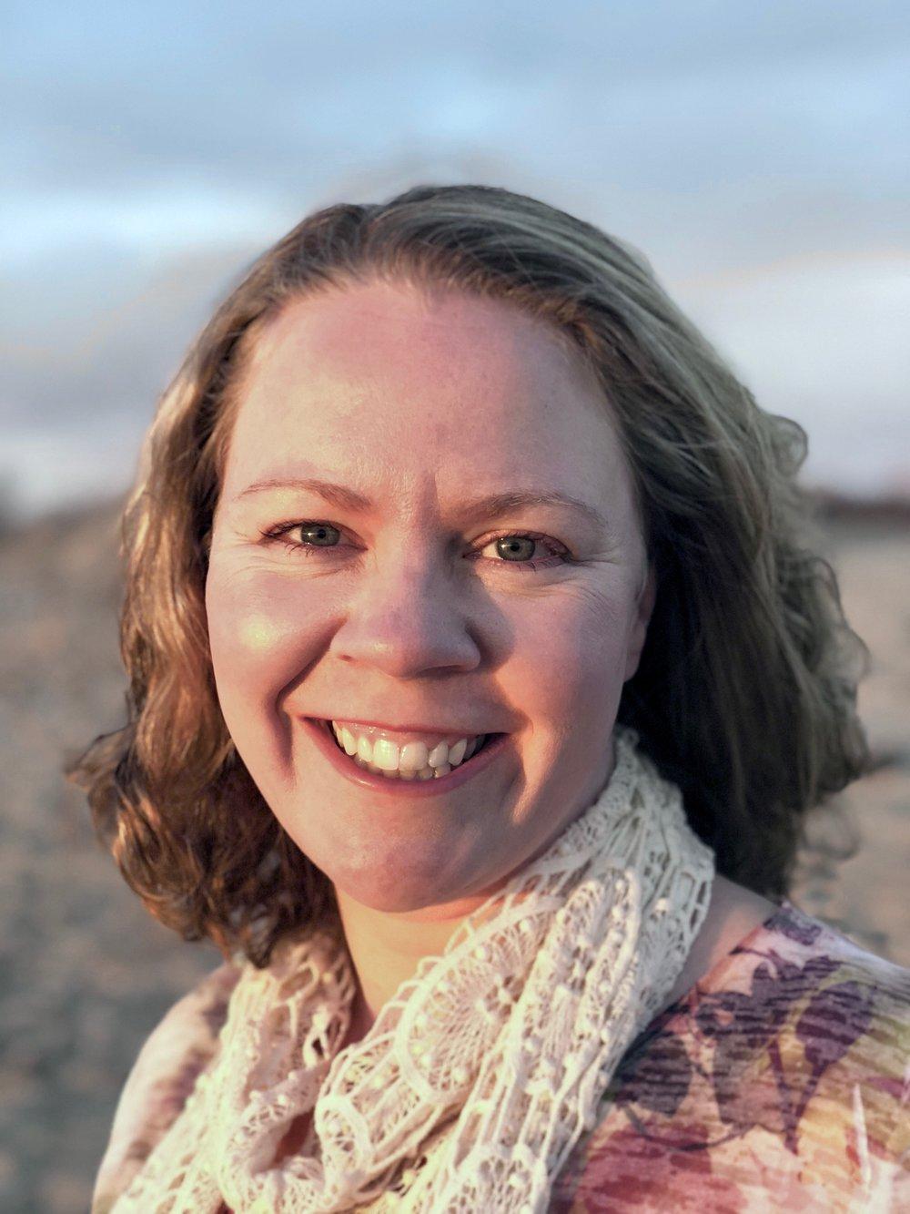 Farrah Kaeser,RMT, CNHC - Founder, Director.