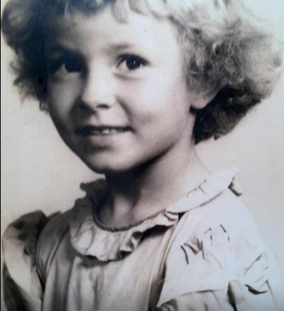 marilyn little girl 2.jpg