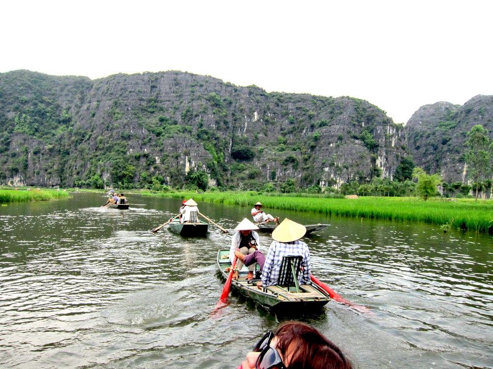 Vietnam Perfume Pagoda 2.jpg