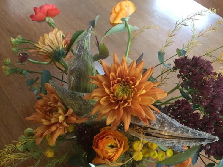 Small Fall Foraged Centerpiece