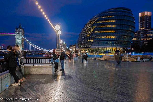 A lovely walk along the river at London Bridge on a warm summer evening with my camera and tripod. Such a simple thing to do and it makes me so happy. I love being a photographer.