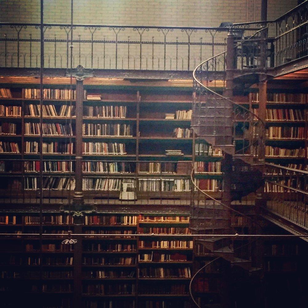 libraryspiralstaircase