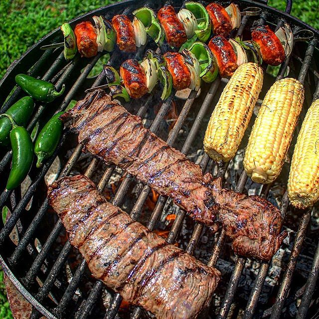 Skirt steak, chorizo kebabs, corn and jalapeños on the grill. Can you guess what I'm making??? Also make sure to follow my new personal page: @wolfandthefire. Get some cool behind the scenes content of fire cooking as well as tips and tricks. 🥩 🍖 🌽 🔥 Credit: @overthefirecooking #overthefirecooking #grilling #skirtsteak #steak #beef #redmeat #carnivore #meat #chorizo #sausage #pork #firecooking #openfirecooking #livefirecooking #asado #churrasco #braai #bbq #grillmaster #cookingwithfire #cookingoutside #outdoorcooking