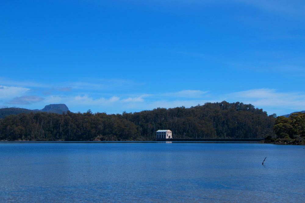 Mister-Weekender_Jaharn-Giles_Pumphouse-Point_Tasmania_1.jpg