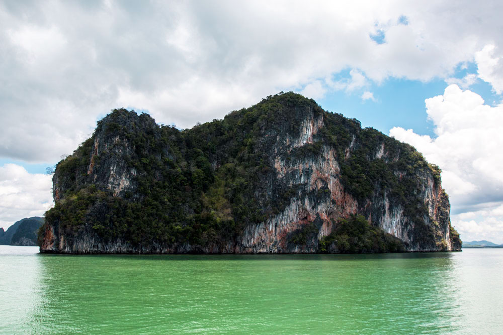 6-Things-You-Need-To-Know-Before-Travelling-to-Phang-Nga-Bay-in-Thailand1.jpg