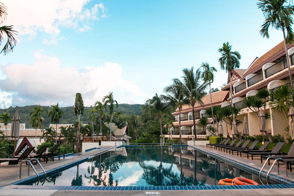 Mister Weekender Jaharn Giles Thailand Centara Blue Marine Resort Phuket