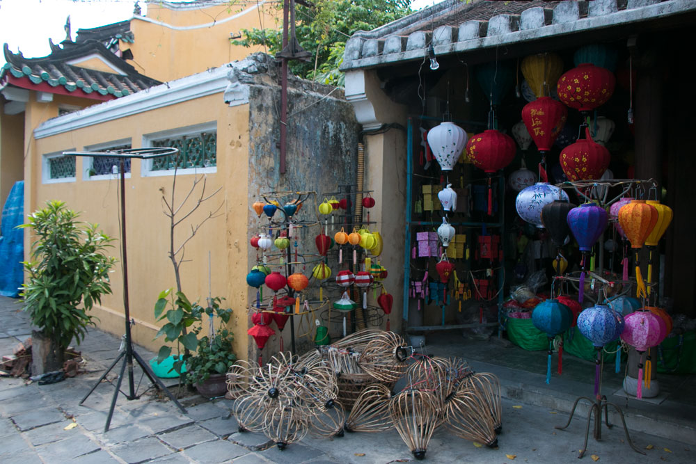 Shopping in Hoi An Vietnam