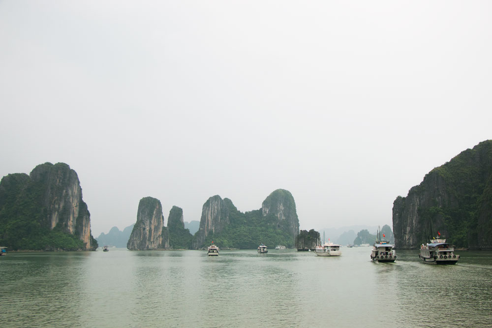 Halong-Bay-Vietnam-Pin-It_7.jpg