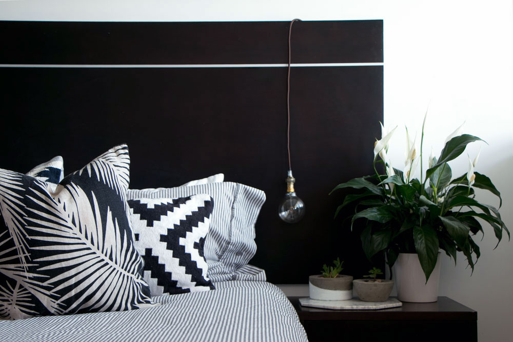 11-Ways-To-Style-A-Bedroom.jpg