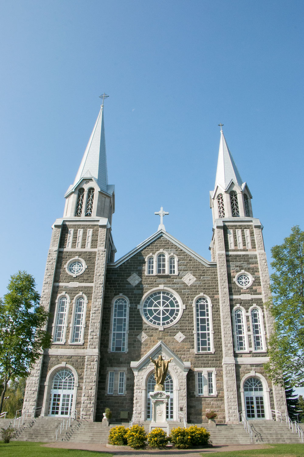 Baie St Paul Church