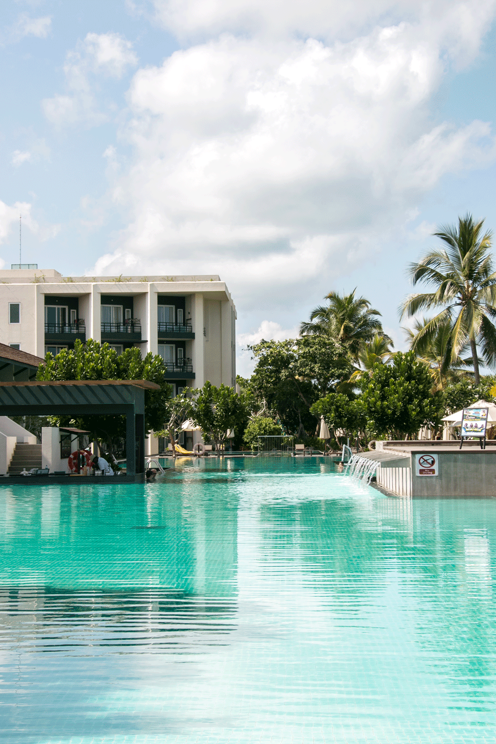 5 REASONS WHY YOU NEED TO STAY WITH CENTARA CEYSANDS IN SRI