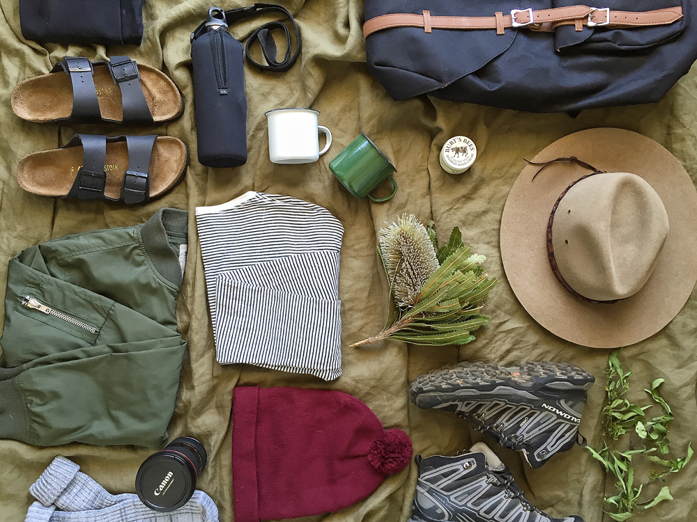 what to pack when you go hiking -