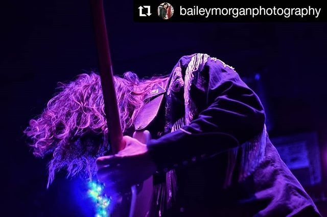 Taken at our last show at @foxcabaret, sexy AF! Thanks for the great photo @baileymorganphotography!  #landline #cowboyshirt #cowboyoutlaw #shredding #vancouver #Repost @baileymorganphotography • • • #Repost @baileymorganphotography • • • @landlinevancity 🤙🤙🤙