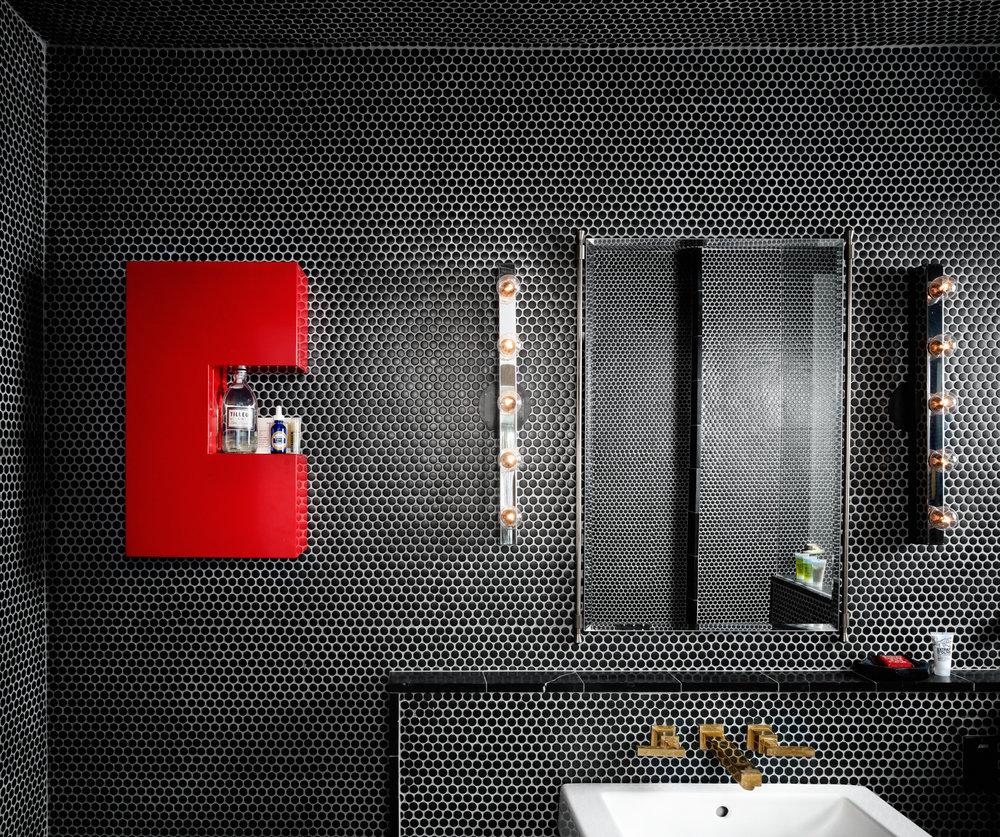 3bathroom.jpg