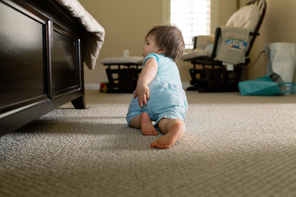 Baby Crawling Central Florida Lifestyle Photographer.jpg