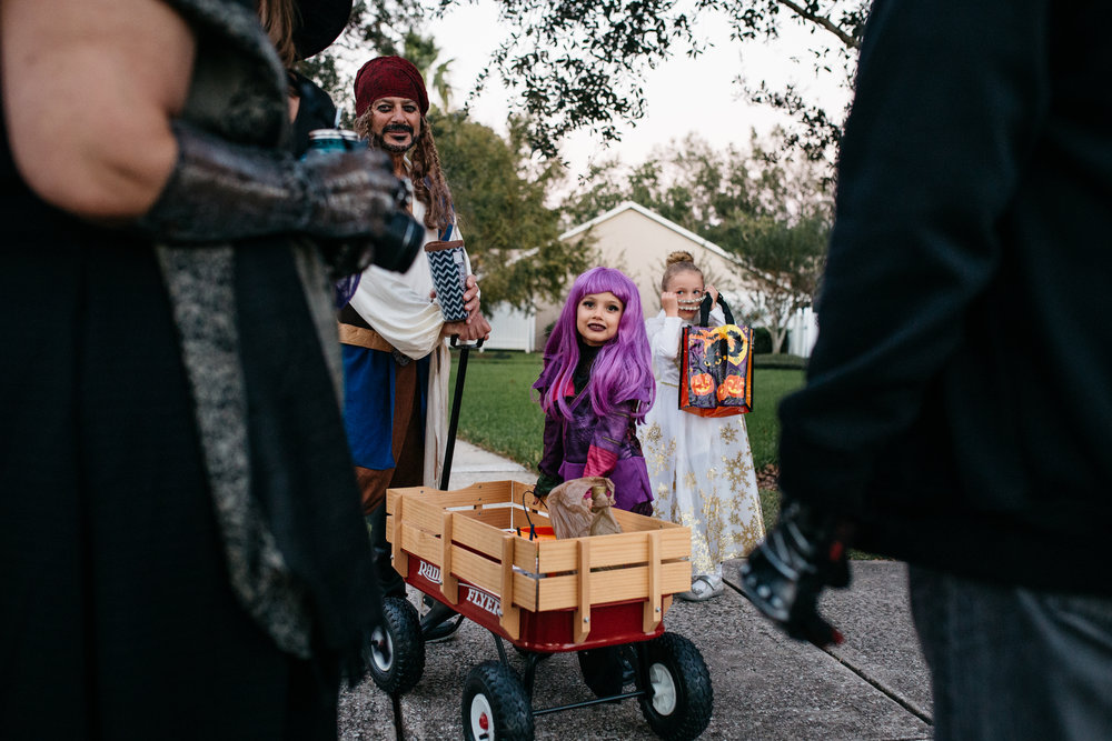 Kids Ready to Trick or Treat Central Florida Documentary Photographer..jpg