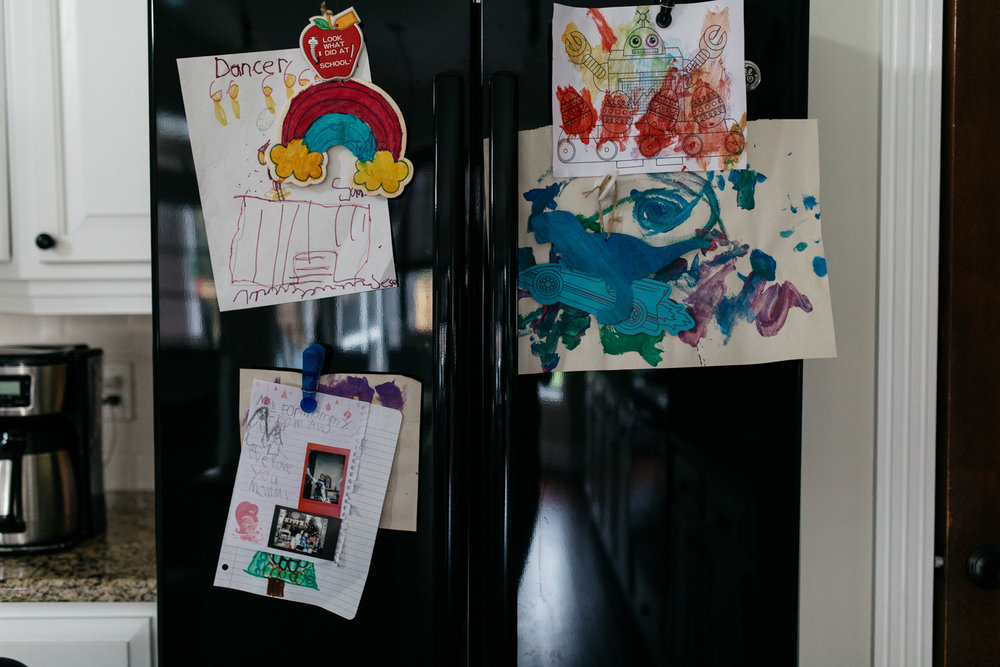 Kids Artwork on Fridge Family Session Orlando.jpg