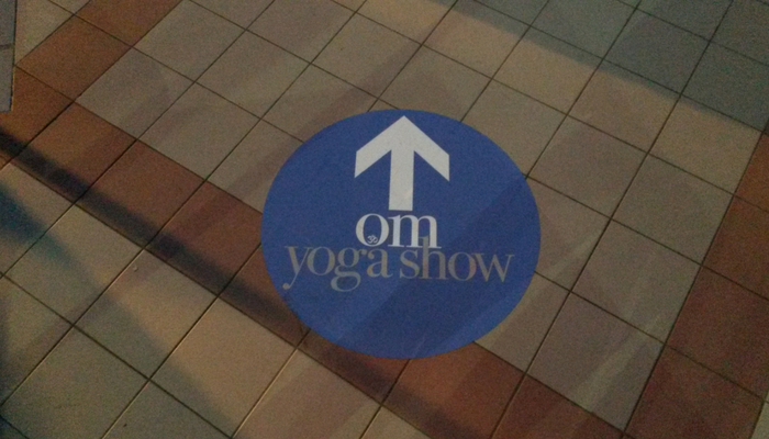 Om Yoga Show - A busling day with a silver lining