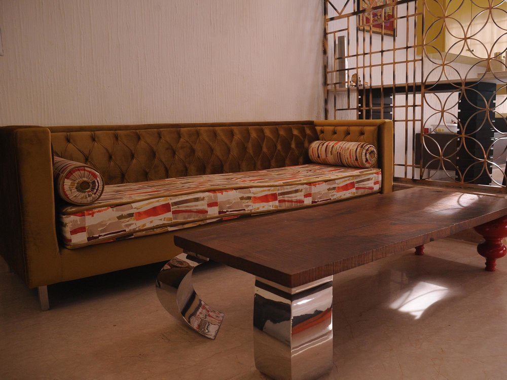 coffee-table-rustic-steel-legs
