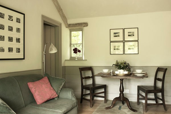 Private dining/sitting room at luxury bed and breakfast