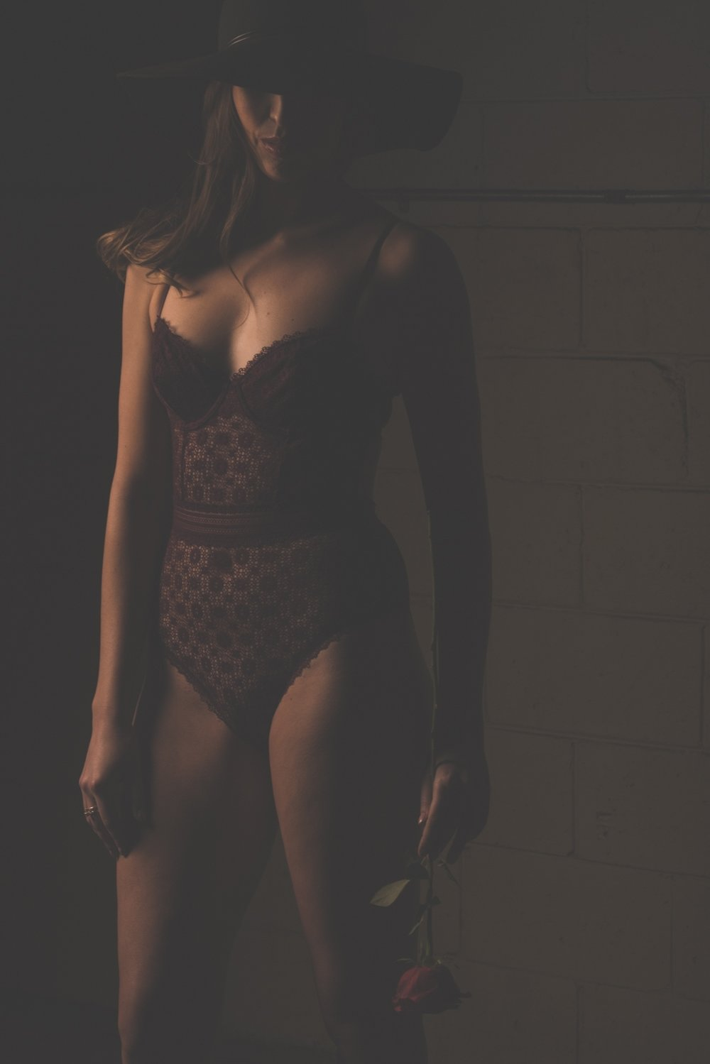 Hamilton Boudoir Session with Soundslikeyellowphotography. Toronto Boudoir Session with Soundslikeyellowphotography.
