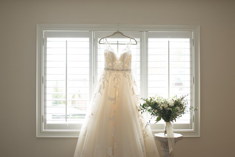 Winona Vine Estates Wedding with Soundslikeyellowphotography