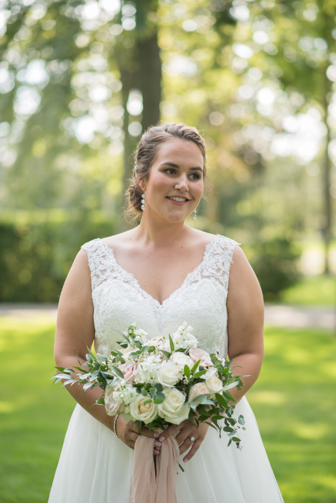 Ancaster backyard Wedding- photography with soundslikeyellowphotography