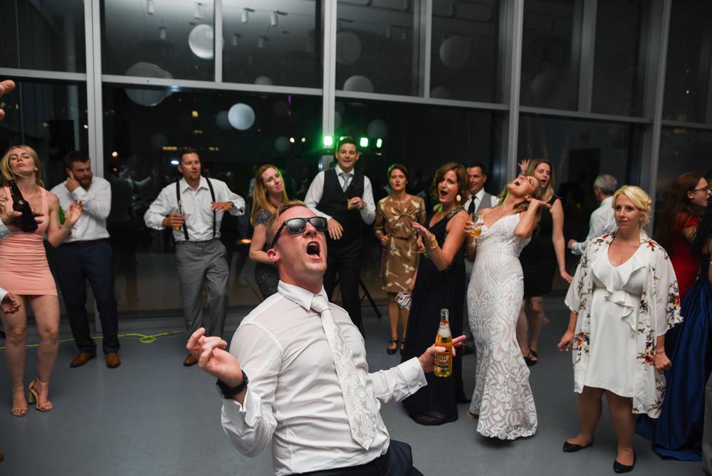 Art Gallery of Hamilton Wedding with Soundslikeyellowphotography