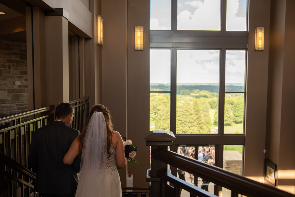 Lookout point country club wedding with soundslikeyellowphotography
