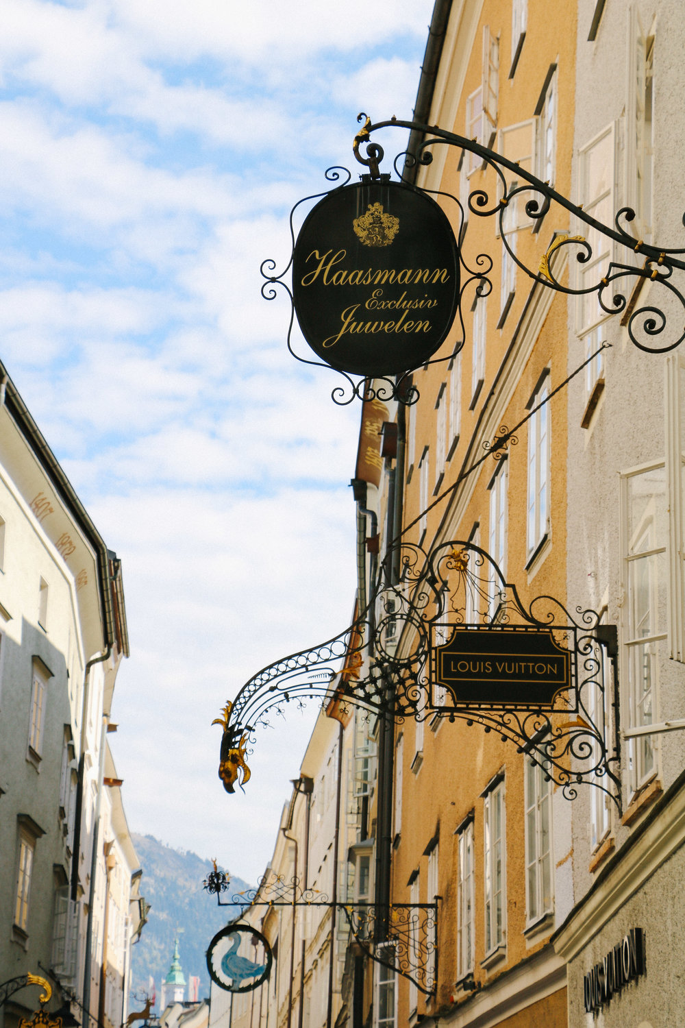 Exploring Salzburg, Austria // Via Courtney Brown