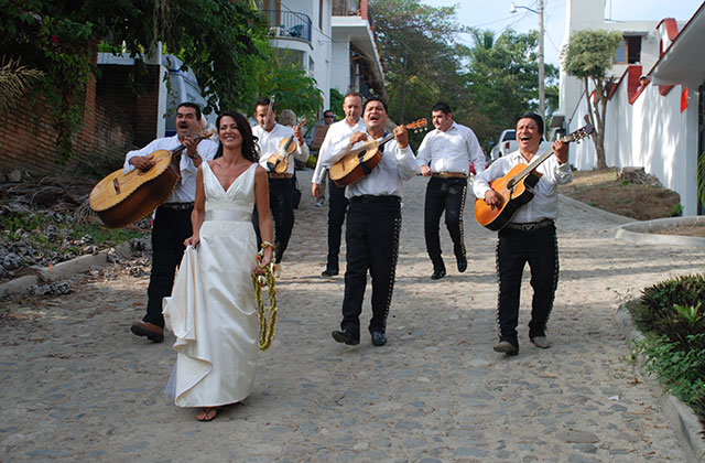 Mariachi-Tulum-Wedding-16.jpg